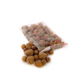 Mélange de noix en coque